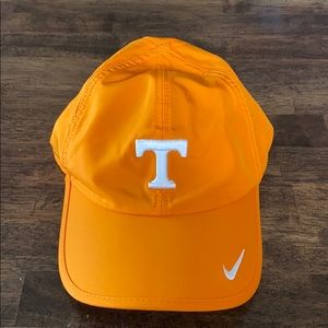 Nike Accessories - Nike Tennessee dry-fit hat